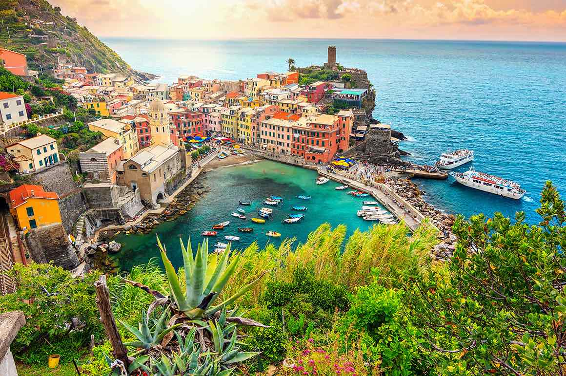 Cinque Terre Day Trip from Milan - Sea View