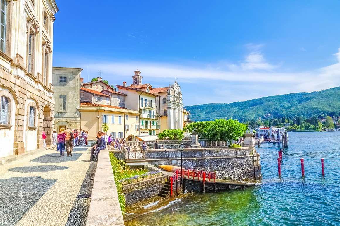 Day Trip to lake Maggiore - Village