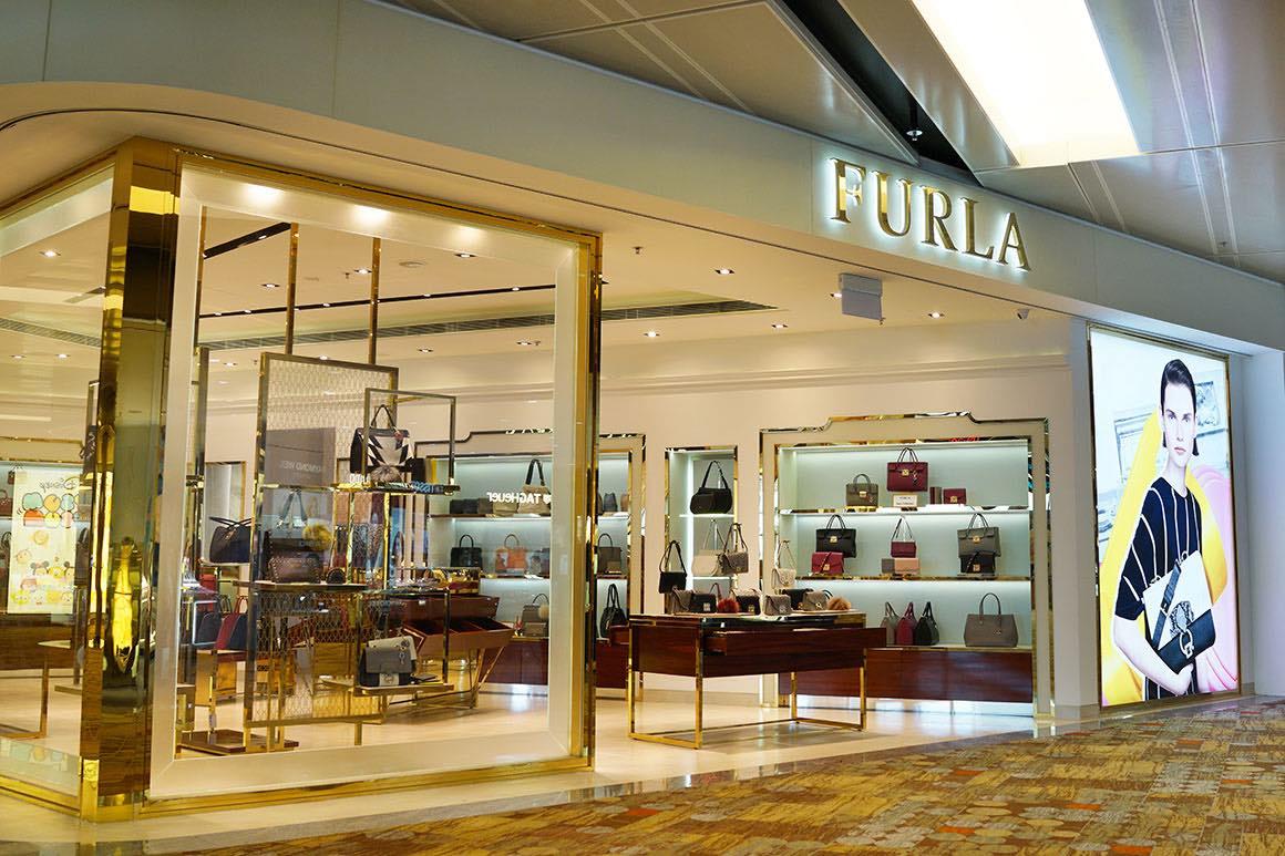 Luxury Tour Milan to Fidenza Outlet - Furla