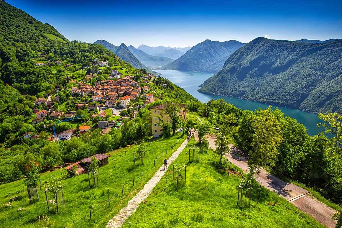 Lake Como Boat Tour from Milan - Mountain View