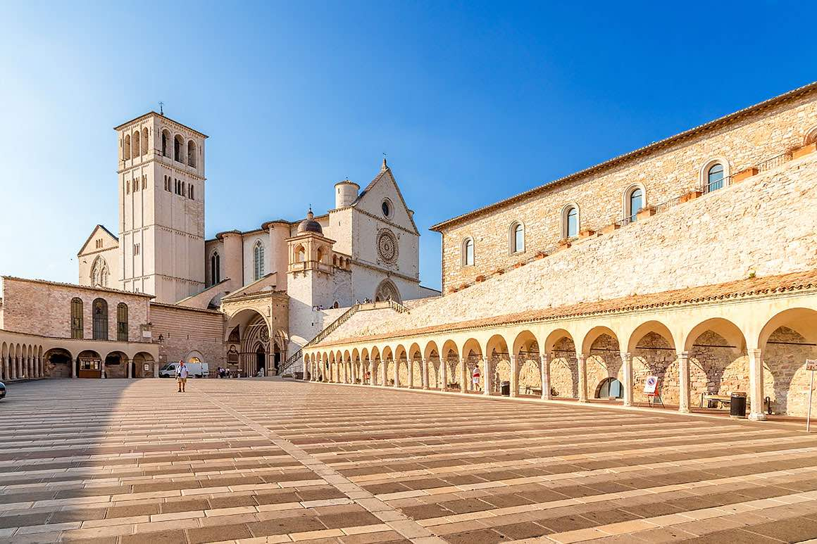 One Day Trip Rome to Orvieto & Assisi - Basilica