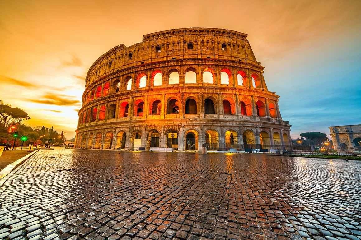 Rome Walking Tour - Colosseum