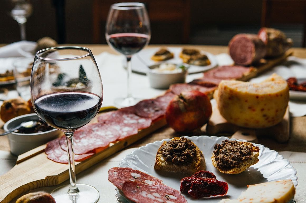 Transfer Florence to Rome with stop in Chianti Countryside - Wine Tasting