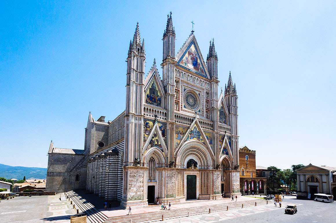 Transfer Florence to Rome with stop in Orvieto - Church