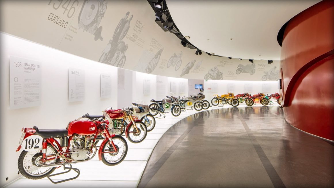 Transfer Milan to Florence with stop in Ducati Factory - Ducati Museum
