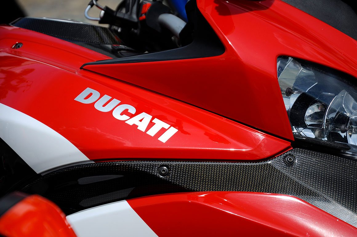 Transfer Milan to Florence with stop in Ducati Factory