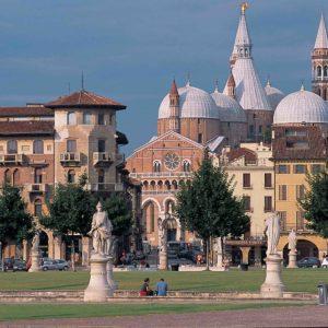 Transfer Milan to Venice
