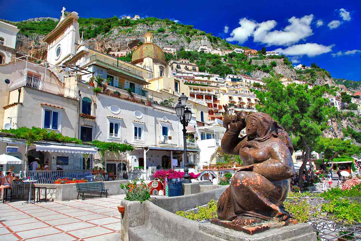 Transfer Rome to Naples with stop in Amalfi Coast