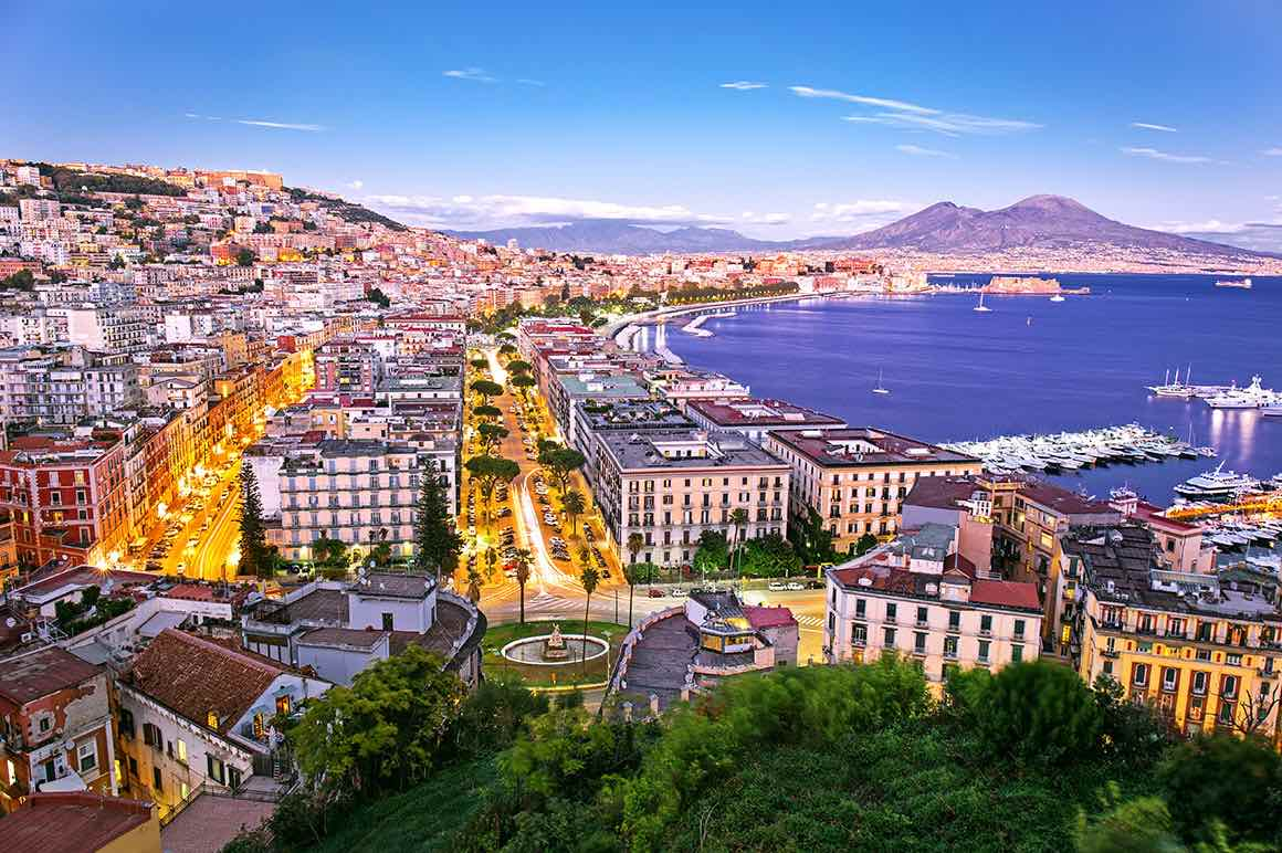 Transfer Rome to Naples with stop in Positano