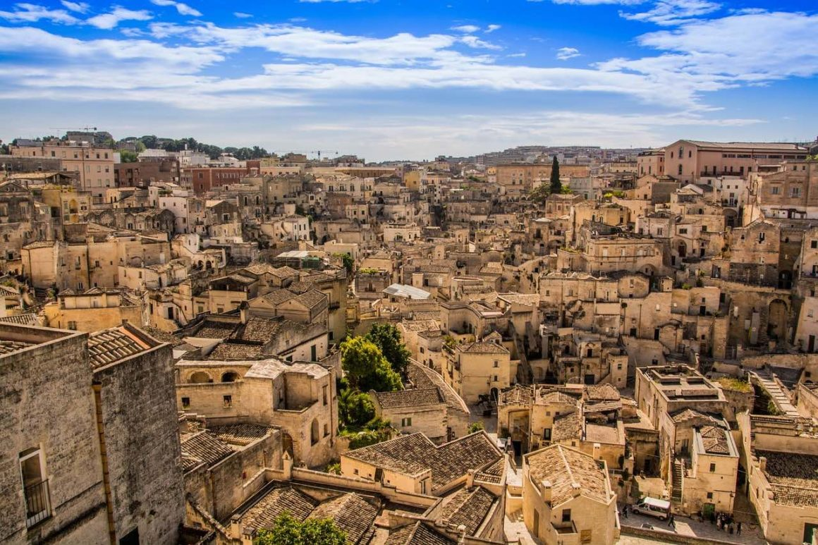 Day Tour Bari to Matera - I Sassi