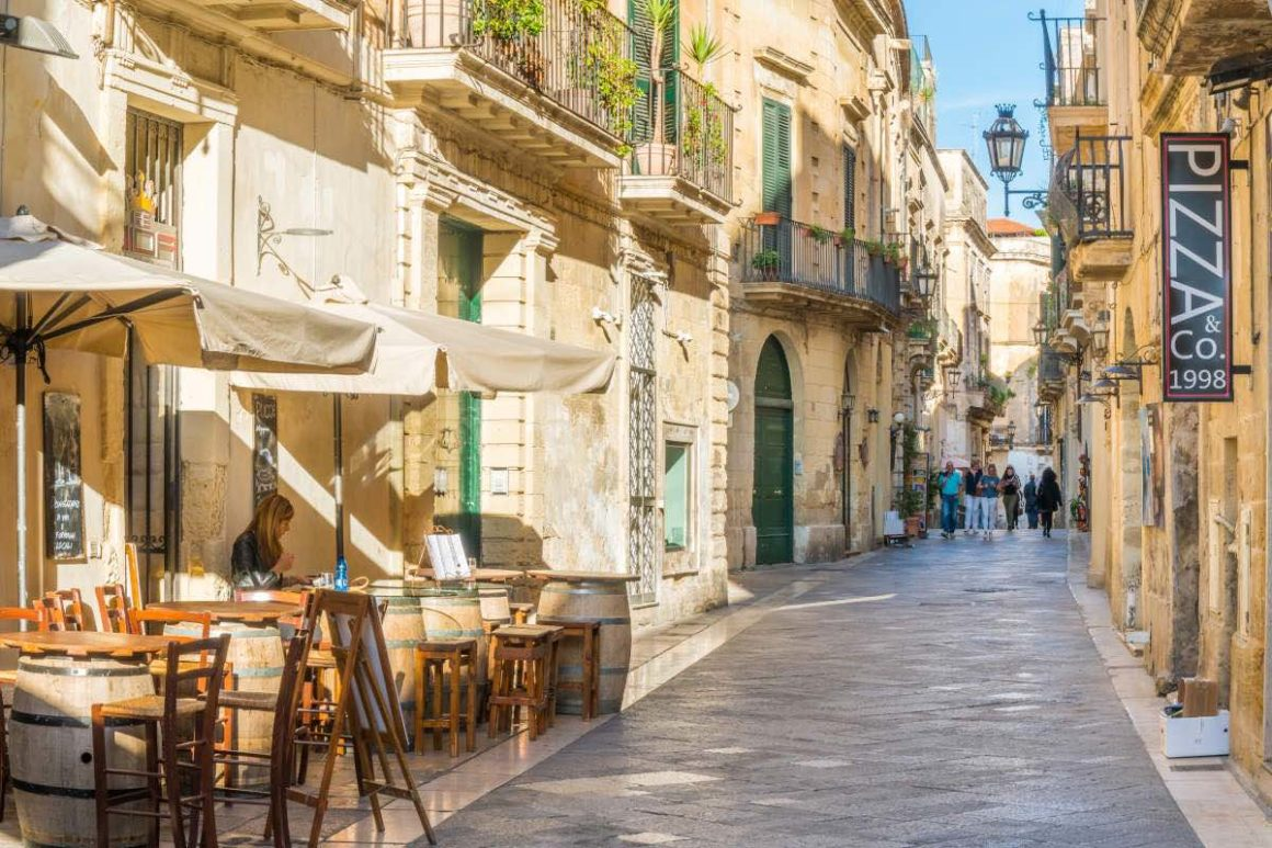 Lecce One Day Tour from Bari - Lecce Historic Centre